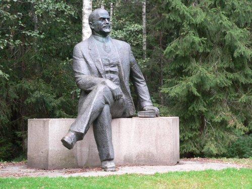 Lenin statue in a rare sitting posture